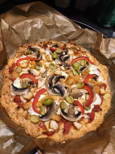 Pizza bezglutenowa na ziemniaczanym spodzie Frittata, Gluten Free Recipes, Vegetable Pizza, Free Food, Vegetables, Diet, Vegetable Recipes, Gluten Free Menu, Omelette
