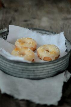 Die Glücklichmacherei: Gegen den Winterblues〖Maracuja-Donuts〗
