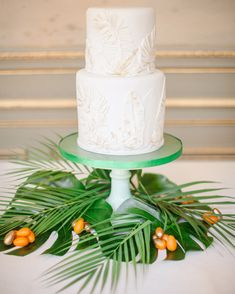 15 years of beautiful and delicious wedding cakes from Martha Stewart Weddings. Textured Wedding Cakes, Beautiful Wedding Cakes, Perfect Wedding, Beautiful Cakes, Cupcake Torte, Cupcakes, Sugar Decorations For Cakes, Wedding Decorations, Wedding Ideas