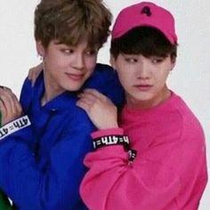 eu to muito loka nas erva ou o Yoongi é mais baixo que o Jimin?