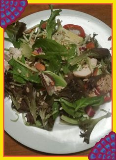 ●CHICKEN SALAD● SIMPLE TO MAKE; chicken breast, spring mix salad, red pepper, onions, avocado, almonds, sunflower seeds, shredded cheese, extra virgin olive oil and balsamic vinegar    Love, Patty&Ingrid