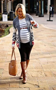 Maternity stripes and cozy sweater. | Babybump | Pinterest