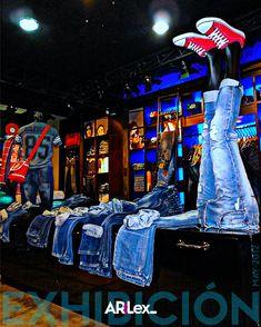 Visual Merchandising, Times Square, Jeans, Travel, Viajes, Trips, Jeans Pants, Blue Jeans, Tourism