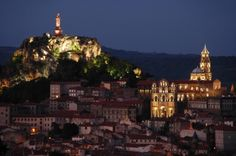 Le Puy en Velay by night