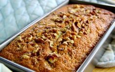 Recipe for banana and nut cake - Good food recipes Banana Walnut Cake, Banana Bread, Sweets Recipes, Real Food Recipes, Cupcake, Thermomix Desserts, Cake Business, Pie Cake, My Best Recipe