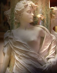 Detail: Jeune fille du Petit Palais Petit Palais (Paris) Breathtakingly beautiful!