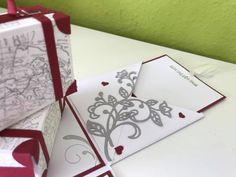 Noch eine Hochzeitsbox – Melli's StempelParadies Playing Cards, Gift Wrapping, Gifts, Hide Money, Boxes, Tutorials, Do Crafts, Gift Wrapping Paper, Presents
