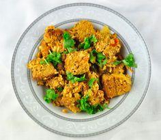 BREAD UPMA WITH EGGS – EASY BRUNCH RECIPE http://www.antoskitchen.com/bread-upma-with-eggs-easy-brunch-recipe/