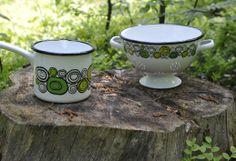 Enamel Sipuli / Enamel Onion #Muurla Kitchen Ware, High Tea, Pyrex, Sugar Bowl, Bowl Set, Finland, Onion, Enamel, Ceramics
