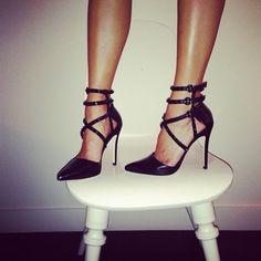 alice + olivia Drixa Distressed Heels | Spotted on @Jamie Chung