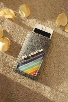 Be Unique Rainbow Cell Phone Bag https://etsy.me/2HlSdIf #accessories #case #cellphone #gray #beunique #rainbowbag #cellphonebag #cutephonesleeve #feltphonesleeve #iphone5case #iphone5 #gadgetbag #phonepouch #rainbowgiftidea #etsy #airyfairybags #smartphonecase #felt