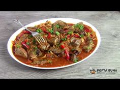 Liver with onion and pepper, fast, classic recipe Romanian Food, Food Videos, Carne, Stew, Stuffed Peppers, Make It Yourself, Recipes, Youtube, Stuffed Pepper