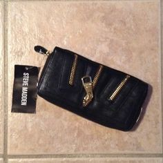 NEW Steve Madden wallet Steve Madden wallet NEW with the tags. Never been worn.. In excellent condition.. Steve Madden Bags Wallets