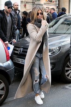 Tendances mode hiver 2019 2019 winter fashion trends – MorganeAutumn-winter fashion trends –…Autumn-winter fashion trends –… Winter 2019 checked trousers – Page 4 of Des pantalons à carreaux hiver 2019 - Page 4 of 94 Winter 2019 checked trousers - women Casual Winter Outfits, Winter Fashion Outfits, Autumn Winter Fashion, Fall Outfits, Autumn Casual, Winter Outfits 2019, Casual Winter Style, Fall Winter, Casual Style Women