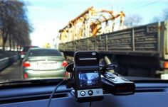 RUSSIA - YouTube has now become the virtual place where are deposited any type of video. Over the past few years on this site are published many famous footage shot by drivers in the car.