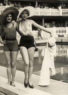 bathing beauties Nostalgia Photography, Nice Bikinis, Dares, Bikini Fashion, Beauty Women, 1920s, Portrait Photography, Fashion Beauty, Headshot Photography