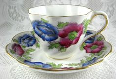 Iceland Poppy Cup and Saucer Hand Colored Blue Magenta 1937 Salisbury – Antiques And Teacups