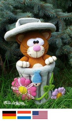 big cat with trashcan Crochet For Kids, Free Crochet, Crochet Flats, Amigurumi Toys, Big Cats, Catania, Free Pattern, Projects To Try, Crochet Patterns
