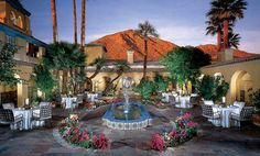 Royal Palms Resort and Spa in Phoenix, Arizona is often called the most romantic hotel in Arizona. Palm Resort, Resort Spa, Phoenix Arizona, Phoenix Usa, Top Hotels, Hotels And Resorts, Porches, Hotel World, Palms Hotel