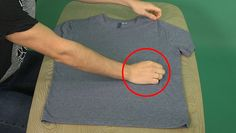 This simple technique means you can fold a T-shirt perfectly - Business Insider