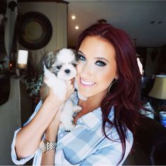 Jaclyn Hill's hair color is to die for!! I need to take the plunge & do this to my hair. Soon.