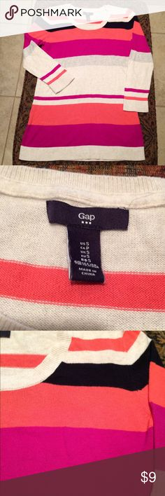Gap Striped Sweater Oatmeal color sweater from Gap with multi color (coral, pink, and navy) stripes. Round neck. Lightweight material with 3/4 length sleeves. Only worn twice. GAP Sweaters Crew & Scoop Necks