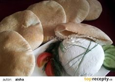 Arabský pita chléb recept - jiný český recept s diskusí TopRecepty.cz Snack Recipes, Snacks, Camembert Cheese, Dairy, Bread, Food, Easy Meals, Tapas Food, Appetizer Recipes