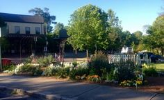 Oak Street Garden Shop And Local Market   Birmingham, Al | Garden Shop |  Pinterest | Garden Shop, Gardens And Plants