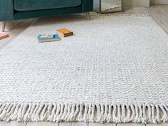 Yep, you guessed it! This woollen floor rug is all about the chunky plaited cables that feel as good as they look. London Living Room, New Living Room, New Room, Plaits, Floor Rugs, Handmade Rugs, Snug, Good Things, Flooring
