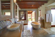 Madi-Madi Klein Karoo Safari Lodge, Western Cape (Near Oudtshoorn & Beaufort West) provides luxury suites & cottages. includes meals, some activities & Little Karoo accommodation! Cabin Bathrooms, Game Lodge, Private Games, Game Reserve, Lodges, Safari, Caravan, Pools, Bathroom Ideas