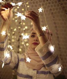 Love it Glamorous - Pemuja Wanita Photos Islamiques, Girl Photos, Photographs, Cute Muslim Couples, Muslim Girls, Hijabi Girl, Girl Hijab, Stylish Girls Photos, Stylish Girl Pic