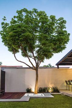 Diy Patio, Backyard Patio, Backyard Landscaping, Back Gardens, Outdoor Gardens, Jacuzzi Outdoor, Patio Makeover, Backyard Retreat, Terrace Garden