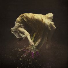 the buoyancy in drowning by brooke shaden