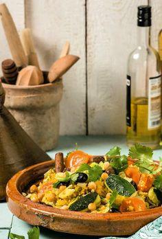 Jeroen Meus maakt tajine met kikkererwten Tajin Recipes, Veggie Recipes, Vegetarian Recipes, Healthy Recipes, Tagine, Healthy Diners, Pesco Vegetarian, Wok, Veggie Delight