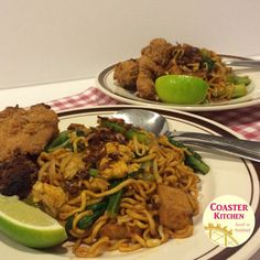 Maggi mee goreng or more commonly known as Maggi goreng, which means stir fry instant noodles, is widely available at mamak (Indian Muslim) food stalls around Malaysia. Why it is named as Maggi gor… Maggi Recipes, Fried Shallots, Food Stall, Malaysian Food, Stir Fry, Street Food, Noodles, Snack Recipes, Curry