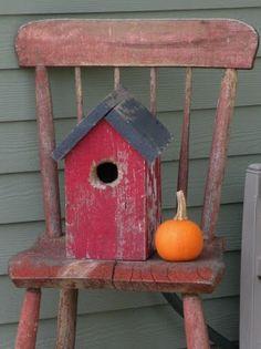 little bird house and pumpkin!
