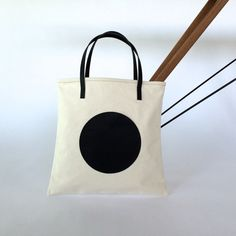 Image of MOON TOTE ^^^ NATURAL/BLACK