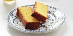 Lemon Cornmeal Cake From Breakfast: Recipes to Wake Up For, by George Weld and Evan Hanczor. Breakfast Cake, Breakfast Dishes, Breakfast Recipes, How To Make Cake, Food To Make, Southern Breakfast, Southern Hospitality, Southern Food, Eat Dessert First