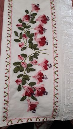 This Pin was discovered by Mav Embroidery Neck Designs, Embroidery Suits Design, Hand Embroidery Stitches, Silk Ribbon Embroidery, Jacobean Embroidery, Embroidery Art, Embroidery Patterns, Crochet Bolero Pattern, Embroidery On Clothes
