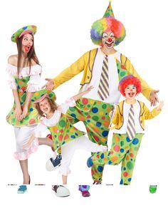 Disfraz de familia payasos: Este conjunto de disfraz familia incluye 4 disfraces de payaso.Disfraz de payaso para mujerEstedisfraz de payasopara mujer incluye un vestido con aro, un pantalón y un...