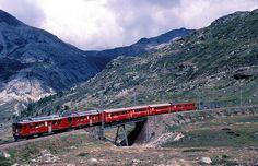 ET 47 + ET 42  Bernina  04.03.02