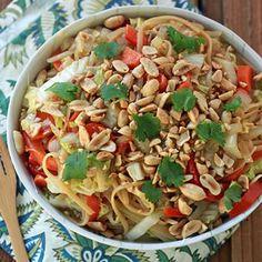 One-Pot Peanut Sesame Noodles & Veggies Recipe - ZipList - wow, this sounds quite good!