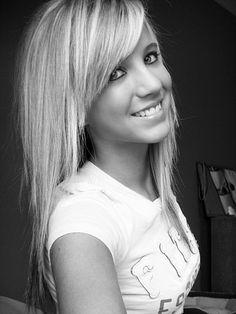 I like her haircut. Cute layers.