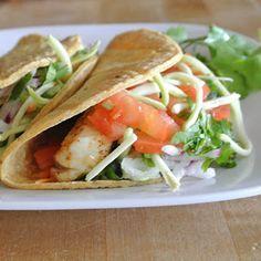 Healthy Fish Tacos with Creamy Avocado Sauce (263 calories per 3 oz fish serving - total 5 servings)