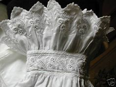 Victorian nightgown sleeve cuff year?