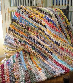 If You Can Tie A Knot Make Useful And Durable Rag Rugs Put Old Rags Clothes Fabric Ss To Good Use Pattern Tool Nancy S