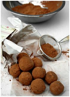chocolate truffles by Delicious Shots, via Flickr