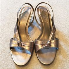 Talbots Bronze Sandals Knot Detail Size 10 Stunning Bronze colored sandals. Size 10. Worn once. Cute Knot detail in front. Talbots Shoes Sandals