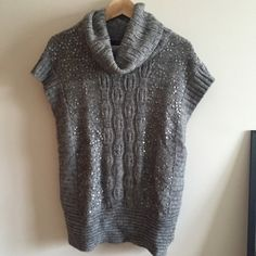 F21 Sequin Knit Sweater Super warm, oversized cable-knit turtleneck sweater with shiny sequins. Hardly worn, good condition. Forever 21 Sweaters Cowl & Turtlenecks