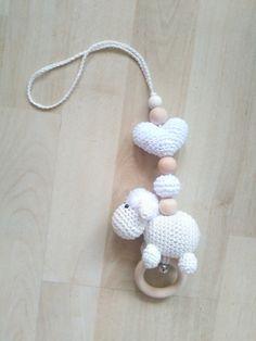 Crochet Box, Crochet Baby Toys, Crochet Crafts, Baby Knitting, Crochet Projects, Handmade Baby, Handmade Toys, Diy Accessoires, Newborn Toys